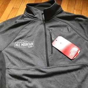 NWT! The North Face Men's 1/4 zip Ambition jacket
